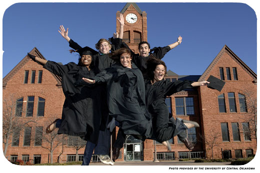 group of graduating students from the University of Central Oklahoma
